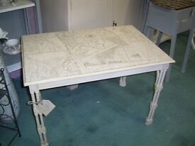 SHABBY CHIC COFFEE TABLE WITH MAP DESIGN VGC