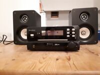 CD player/Ipod dock with speakers