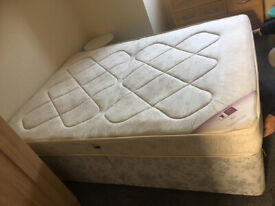 Double size mattress & divan