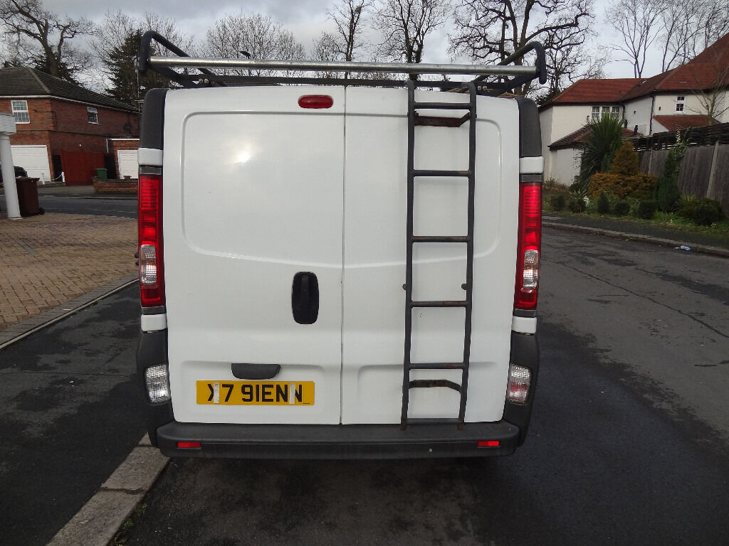 Vivaro Rhino Roof Rack With Roller And Ladder Fits