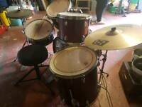 CB 8 piece drum kit