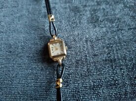 Ladies Ingersoll Vintage Gold Watch