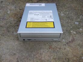 Internal IDE CD-ReWritable Drive for PCs