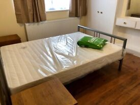 Large double room to rent at £650/pm inclusive of bills.