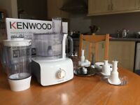 KENWOOD food processor + blender (model FDP613WH 1000W) (including all attachments)