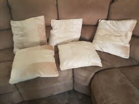 Curtions and matching cushions
