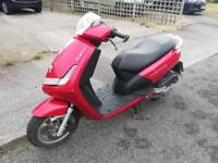 125cc peugeot scooter I CAN DELIVER