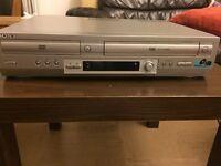 Sony SLV-D950 DVD player/video cassette recorder