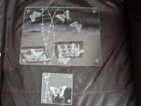 8 set glass butterfly mats and coasters £5