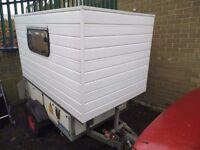 Mini trailer caravan sleeper pod