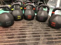 Bulldog gear kettlebells 10-48kg & concept 2 model D rowing machine CrossFit home gym