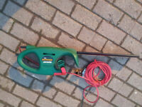 qualcast hedgemaster 370 electric hedge trimmer