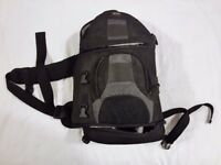 Camera backpack / Shoulder back with raincover- LowePro SlingShot 200 AW