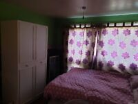 DOUBLE LARGE ROOM FOR RENT IN PITSEA