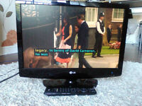 LG 22LG3050 LCD TV 22 inch - perfect condition