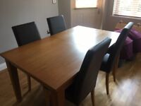 Solid Oak Table from Next which extends to seat 8