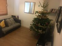Student double room, furnished, two mins walk to uni