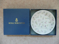 Royal Worcester Forget Me Not plate