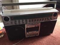 Retro radio/tape player in working order