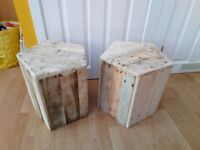 2 pentagonal pallet stools