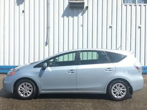 2012 Toyota Prius V HYBRID *BLUETOOTH* Kitchener / Waterloo Kitchener Area image 2