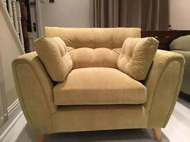 Brand New Comfy love chair