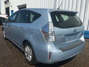 2012 Toyota Prius V HYBRID *BLUETOOTH* Kitchener / Waterloo Kitchener Area image 3