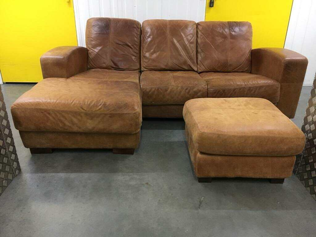 What Type Of Chair Can Go With Leather Couch