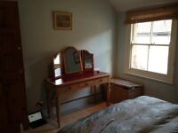 DOUBLE ROOM IN CHARMING APARTMENT, WHEATLEY