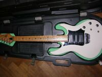 Peavey Horizon II Electric Guitar and Contour Case