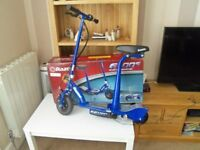 blue Razor Electic scooter up to 10 mile an hour good condition