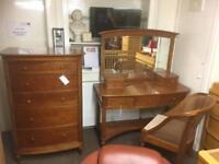 Willis & Gambier bedroom set * free furniture delivery*