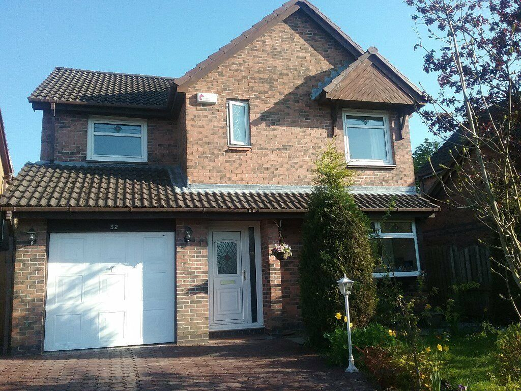 Spacious 4 bedroom detached house | in Newton Mearns ...