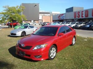 2010 Toyota Camry SE ~ POWER OPTIONS ~ HEATED SEATS ~ ALLOY WHEE