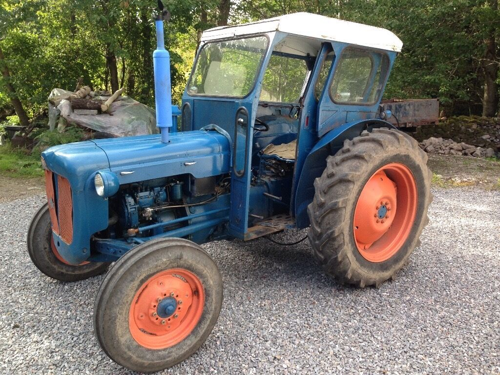 Ford Dexta Tractor : Fordson dexta live drive nice wee tractor in nairn