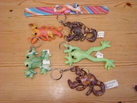 5 Sand filled frog, scorpion & lobster satin keyrings & 1 sea horse snap bracelet in same finish. al