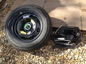 Peugeot 307 wheel and brand new CONTINENTAL spare tyre with jack kit
