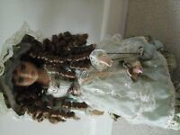 PORCELAIN DOLL VANITY FAIR & CHINA DOLL YELLOW ROSE
