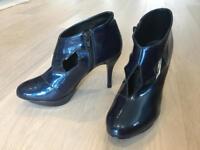Ladies patent blue heels, size 4