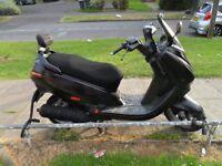 125cc 4 stroke Peugeot Elystar scooter