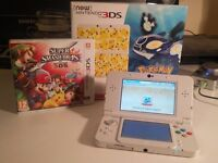 Nintendo 'new 3ds' white excellent condition with two games