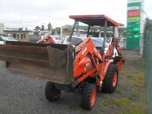 KUBOTA B21 TL421 BACKHOE WITH DIG TRAYS Miners Rest Ballarat City Preview