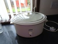 WHITE-SLOW-COOKER (IDEAL FOR LEAVING TO COOK WHILE WORKING)