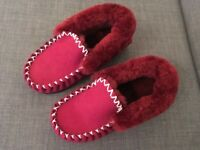 NEW Sheepskin Moccasins