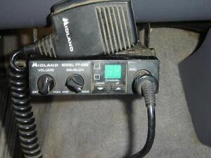 Midland two way CV radio with 40 channels with mic