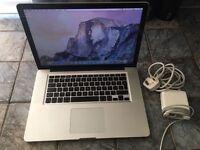 Macbook Pro 15 Inch i7 Very Fast