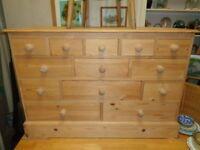Pine comination drawer unit