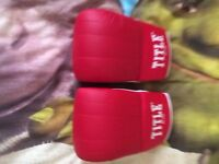 title adult boxing mitt brand new