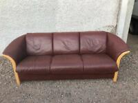 Brown leather Stressless sofa * free furniture delivery *