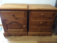Lovely 2 bedside cabinets, great quality, vgc